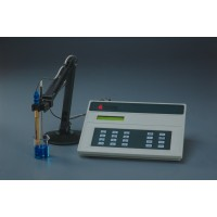 pH Meter / Conductivity Meter
